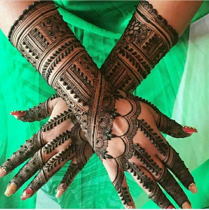 Latest-Mehndi-Designs-For-Eid-2018-Daytimes-15