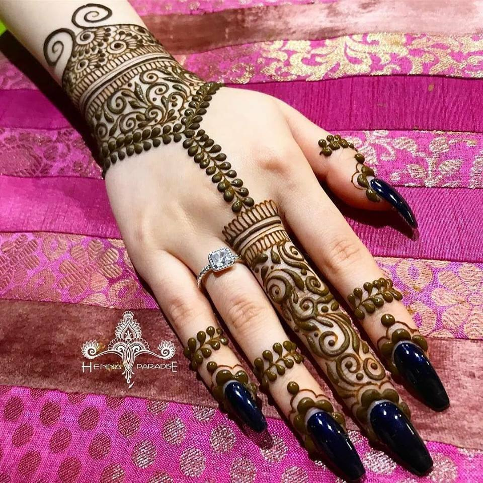Latest-Mehndi-Designs-For-Eid-2018-Daytimes-25