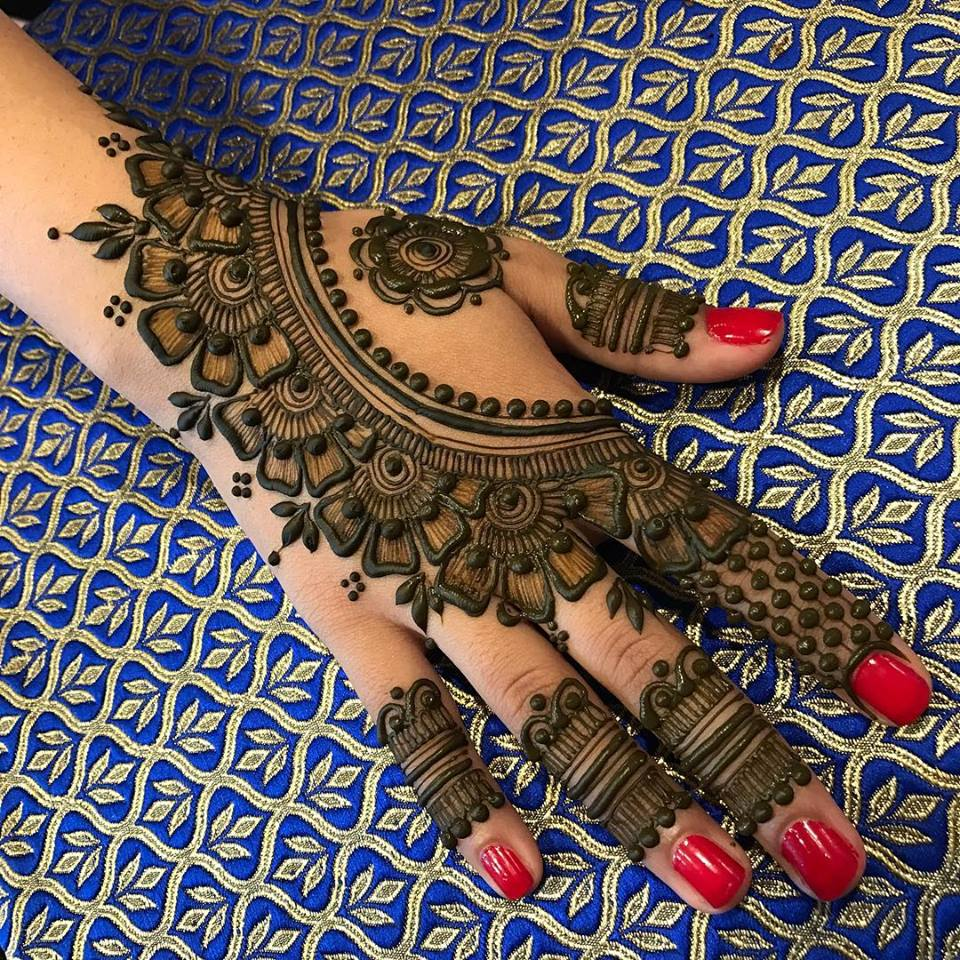 Latest-Mehndi-Designs-For-Eid-2018-Daytimes-5
