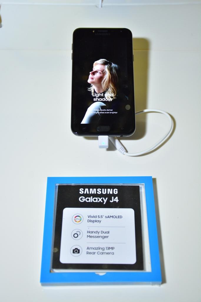 Samsung-Galaxy-J4-Daytimes