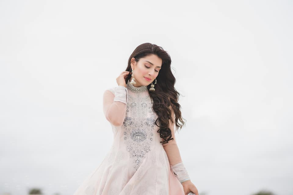 Watch out Breathtaking Photo-Shoot of Most Beautiful Actress Ayeza Khan for Eid 2018