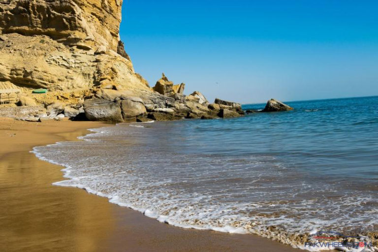 Pakistan's Kund Malir Beach Now Among Asia's Top 50 Beaches