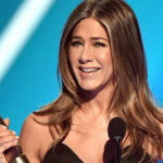 Jennifer Aniston recalls 'Friends' days on winning People's Icon Award