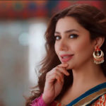 Mahira Khan sets dance floor on fire at a friend's mehndi